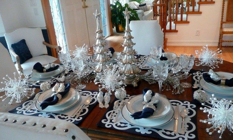 cenas de navidad recetas-decorar mesa arboles plata ideas