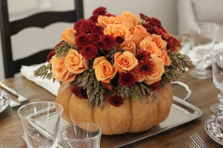 centro mesa calabaza flores rosas