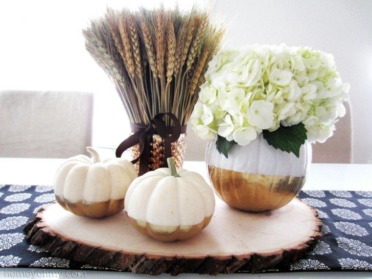 centro mesa ideas calabazas flores blancas moderno