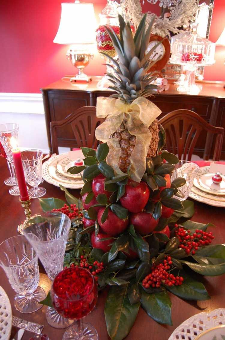centro mesa manzanas rojas piña