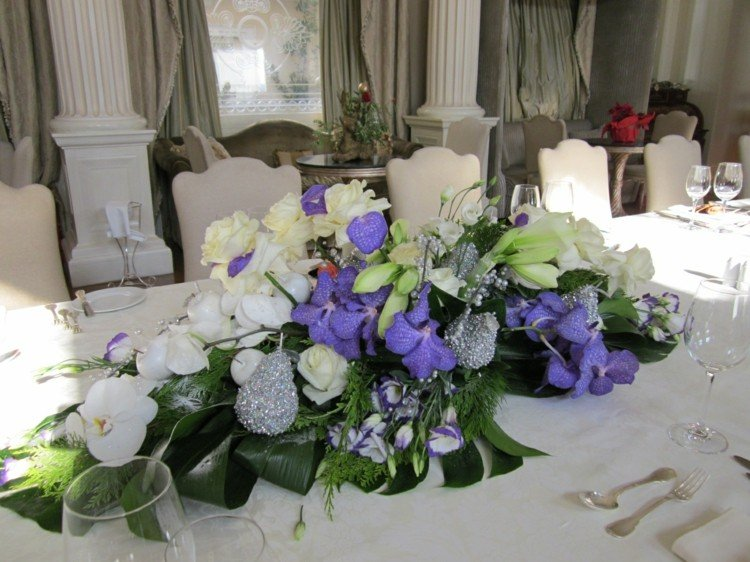 centro mesa blanco lila verde