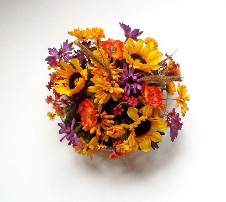 centro mesa flores color lila