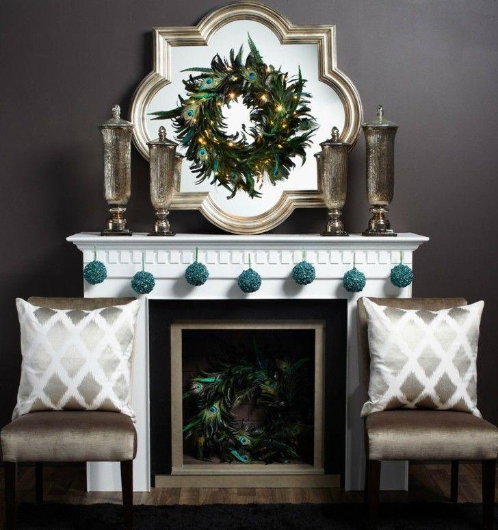 chimenea decorada plumas pavo