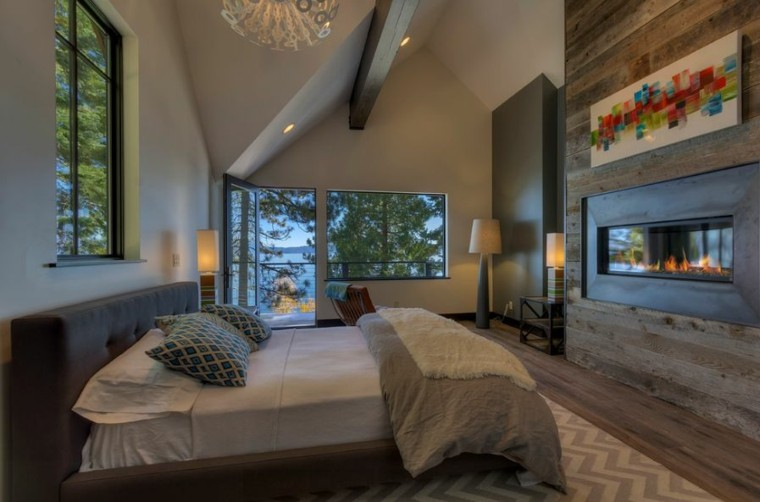 chimenea trae paz confortable ventanas
