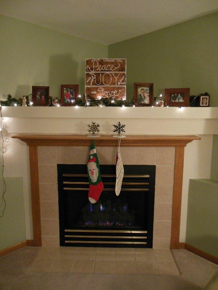 chimenea decorada carteles navidad