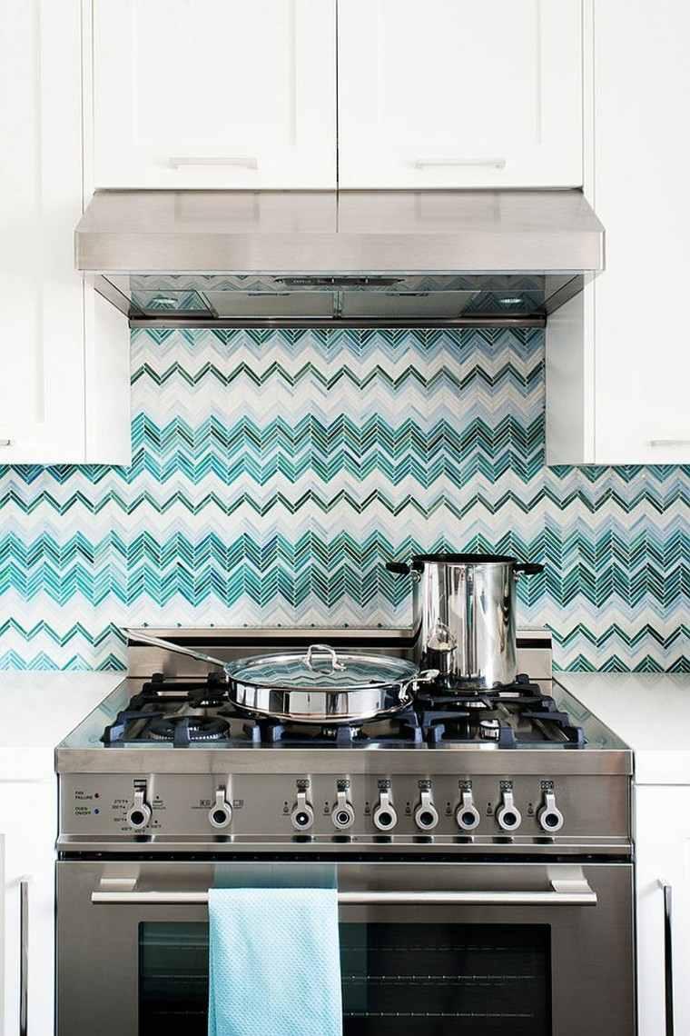 cocina preciosa pared decorada mosaico blanco gris verde azul ideas