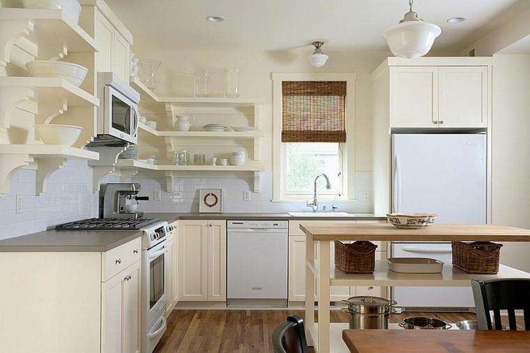 cocinas con isla estanteria madera tradicional blanca cestos