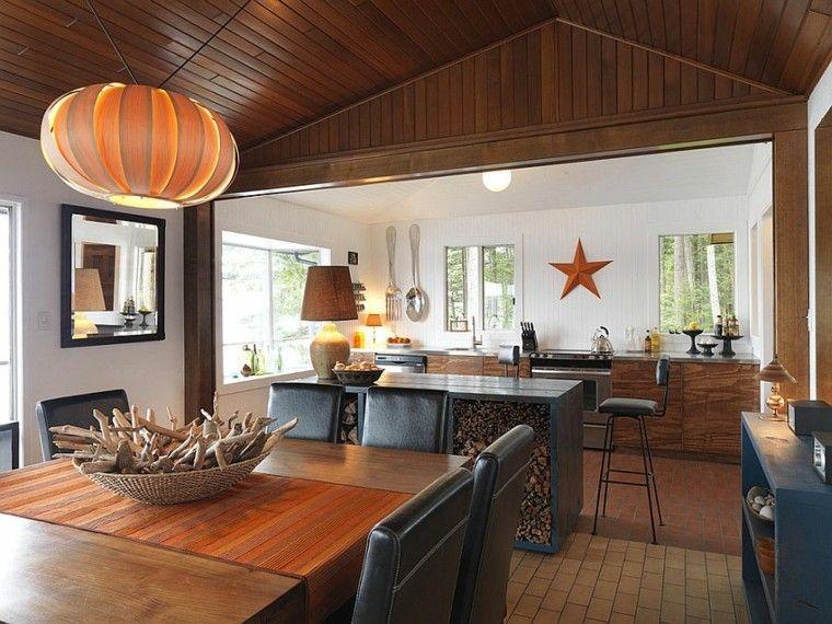cocinas con isla estanteria madera troncos calido