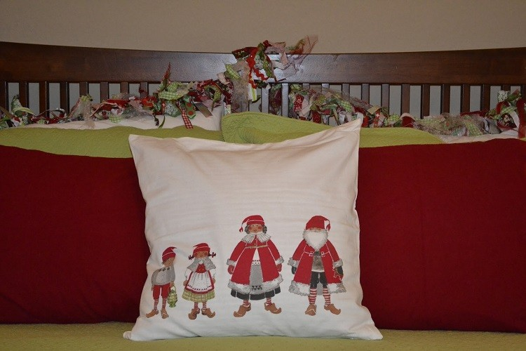 cojines cama cabecero decorado familiar