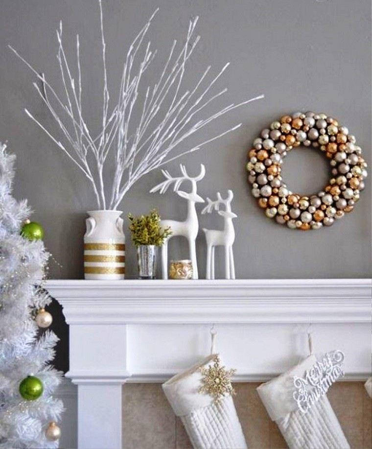Excelente Arbol De Navidad Blancos #4: Color-blanco-oro-adornos-elegantes-casa-navidad-chimenea-renos-guirnalda.jpg