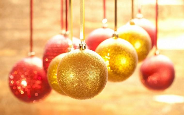 color rojo oro adornos navidad bolas colgando ideas