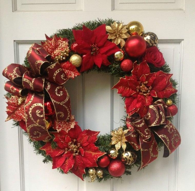 color rojo oro adornos navidad guirnalda puerta ideas