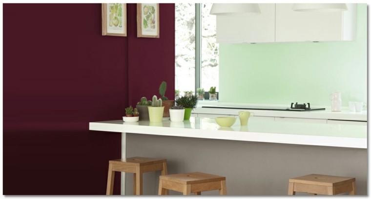 Colores decoracion y acentos de borgoña en interiores.
