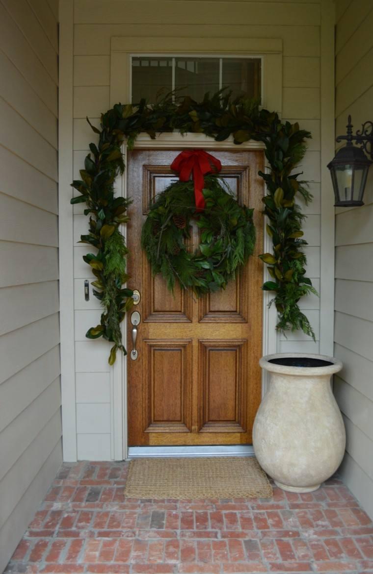 corona Adviento guirnalda puerta hojas