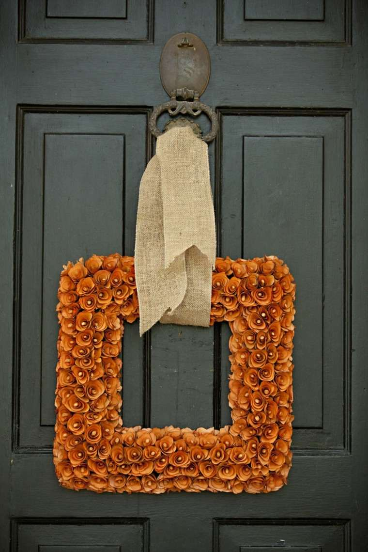 corona cuadrada flores color naranja
