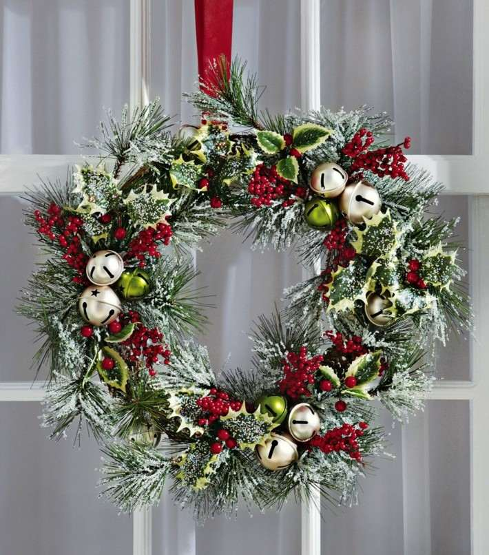 corona Adviento navidad puerta entrada