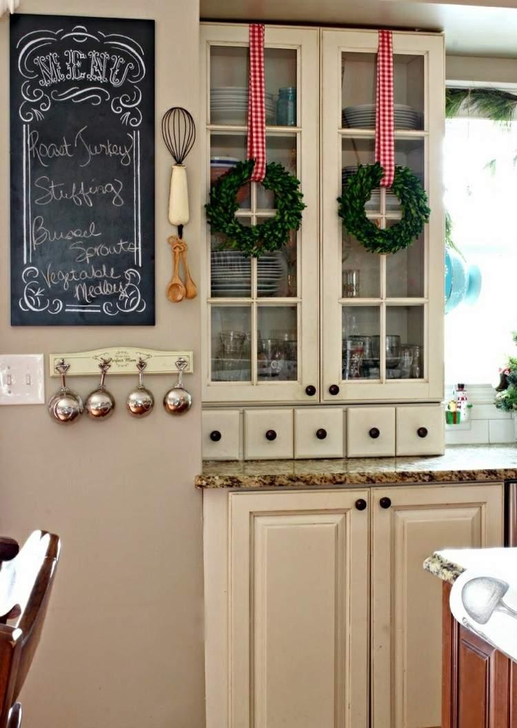 coronas detalles verde casa estantes