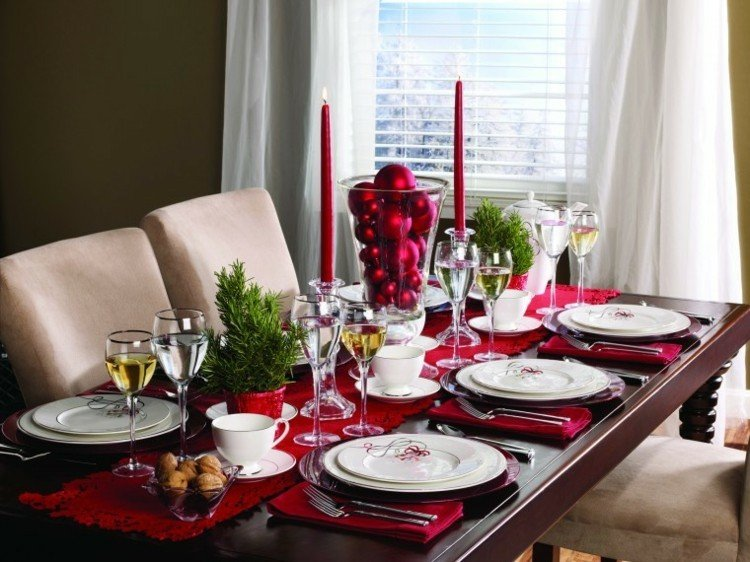 cortinas copas vino servilletas elegantes