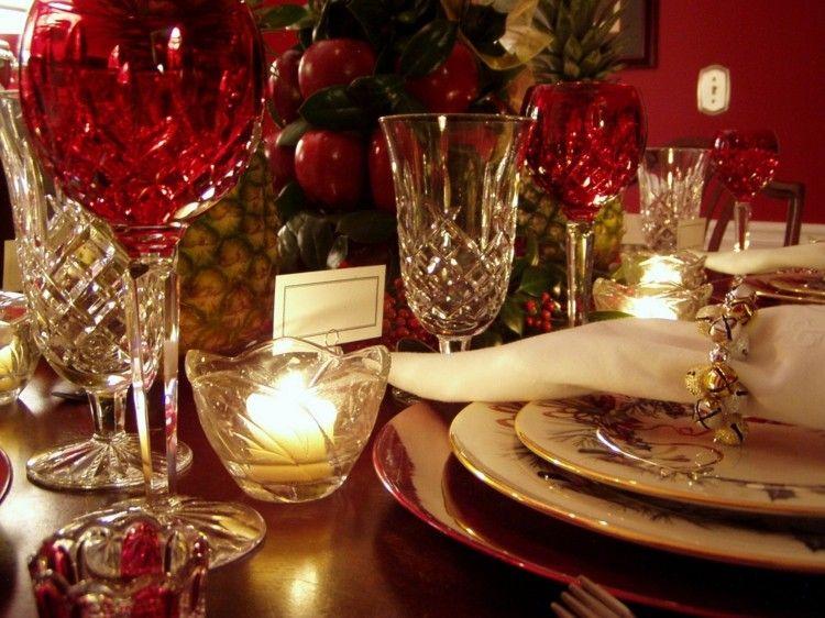 cristalería roja cena de navidad