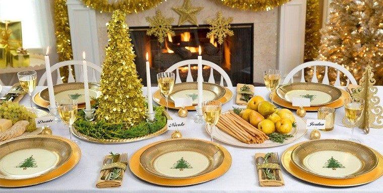 cubiertos mesa detalles platos chimenea