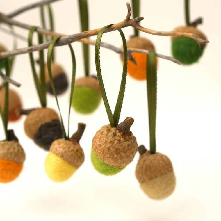 decorar arbol bellotitas colores
