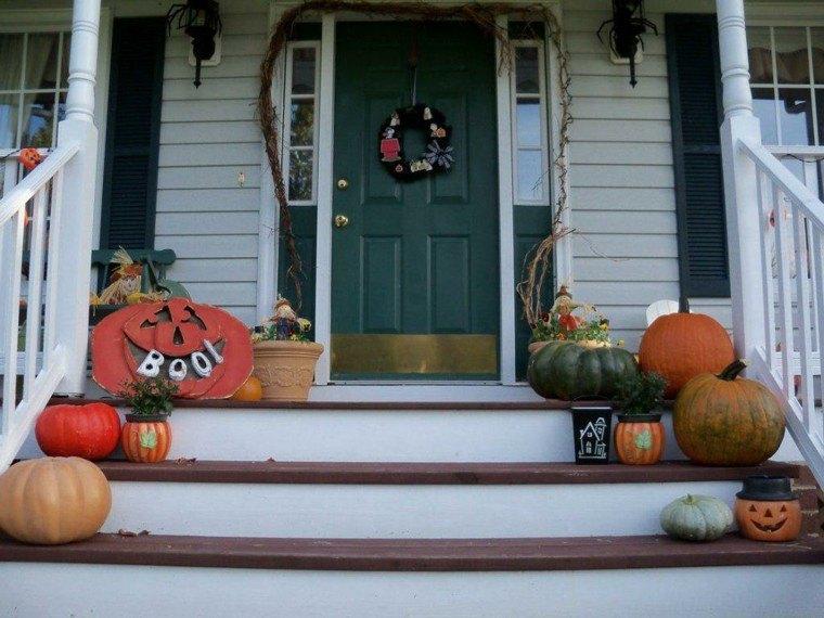 decoracipn escaleras puerta color verde
