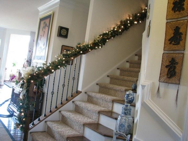 Escaleras de interior con decoraci n oto al 38 ideas for Decoracion de pasillo con escaleras