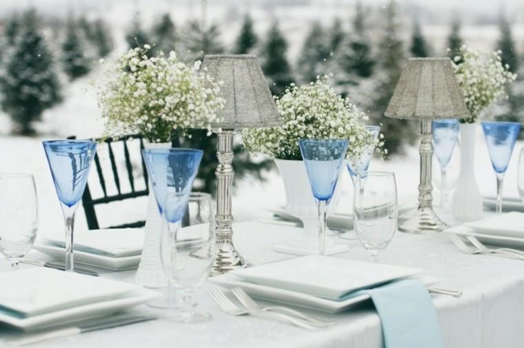 decoración mesa copas azules