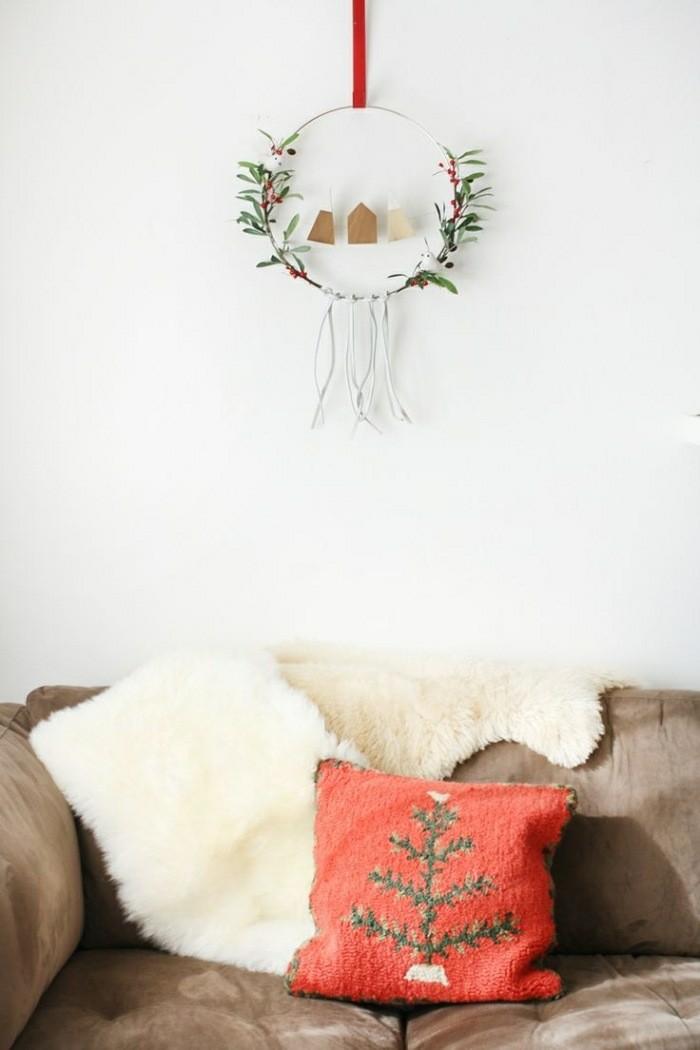 decoracion minimalista cojin arbol navidad