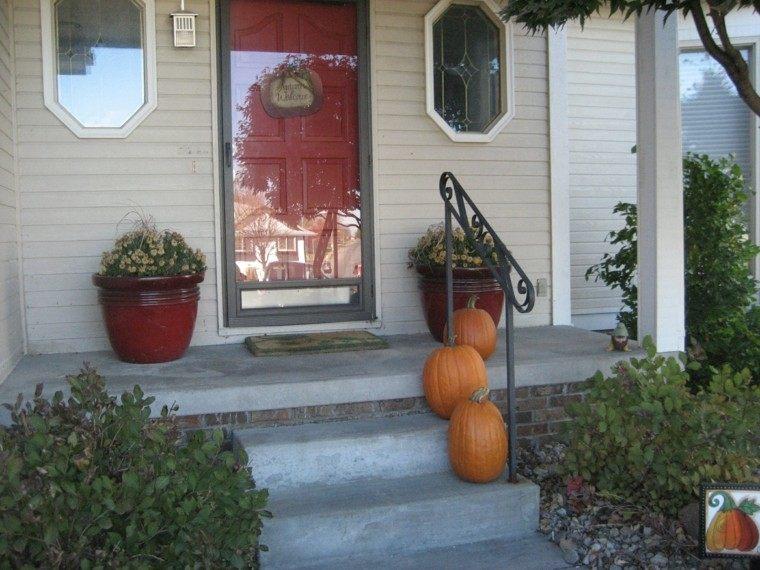 decoración minimalista puerta vidrio roja