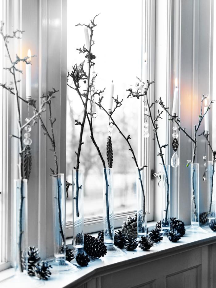 decoracion nordica navidad piñas ventana