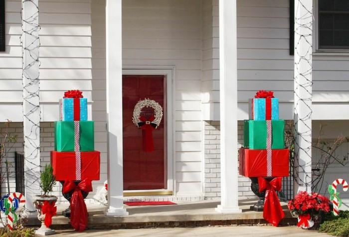 decorar puerta regalos colores