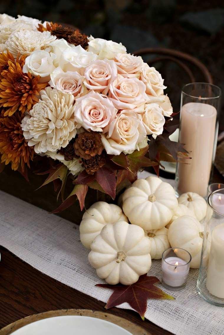 decoración rosas calabazas pequeñas velas