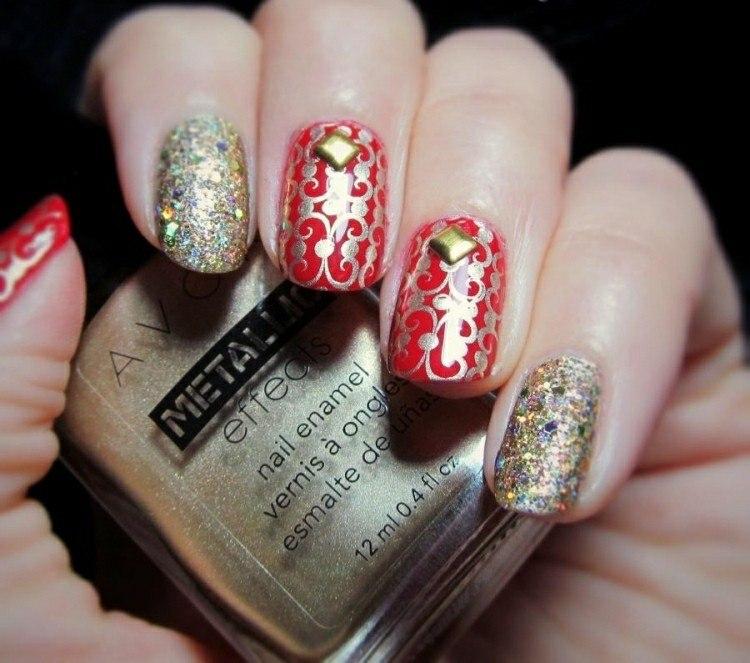 decoración uñas adornos dorados