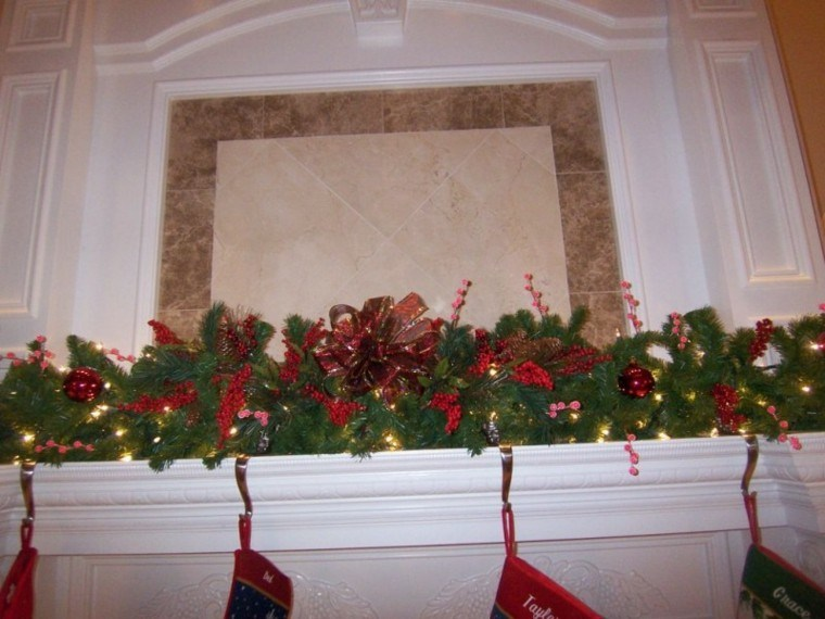 decoracion navidad chimenea guirnalda