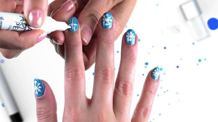 decoración uñas copos nieve