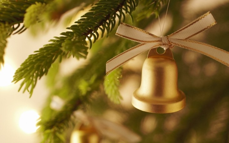 adorno campana navidad dorada