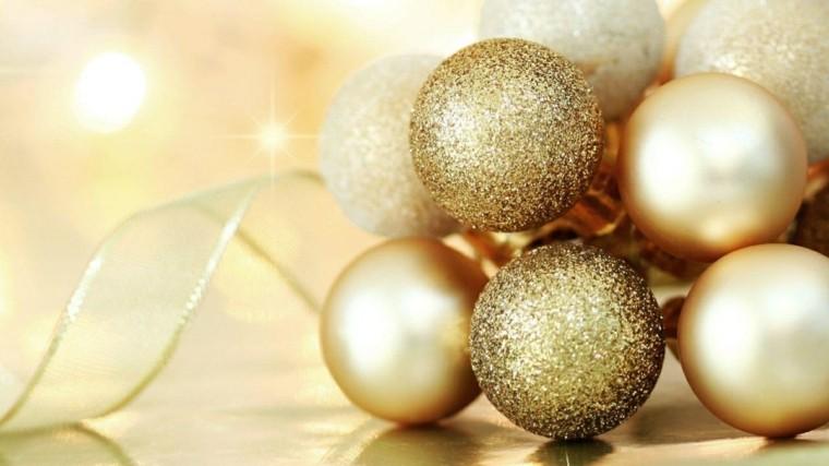 decoracion de navidad brillante oro bolas lazo ideas