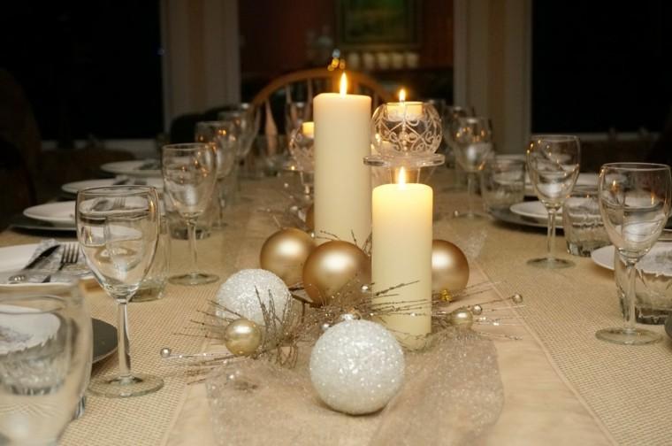 decoracion de navidad brillante oro bolas mesa ideas