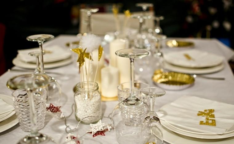 decoracion de navidad brillante oro estrellas platos ideas