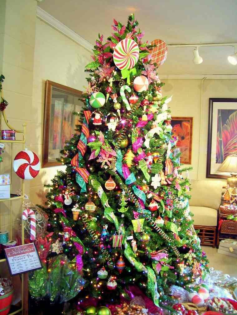 Decoracion de navidad colores vibrantes para los adornos - Arboles de navidad de chuches ...