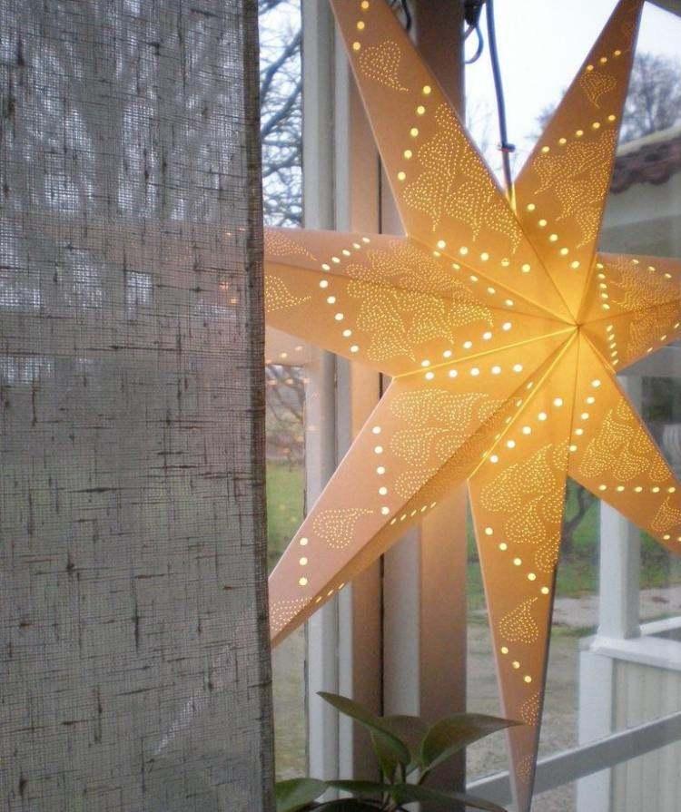 decoracion navidena salon estrella luminosa ventana ideas