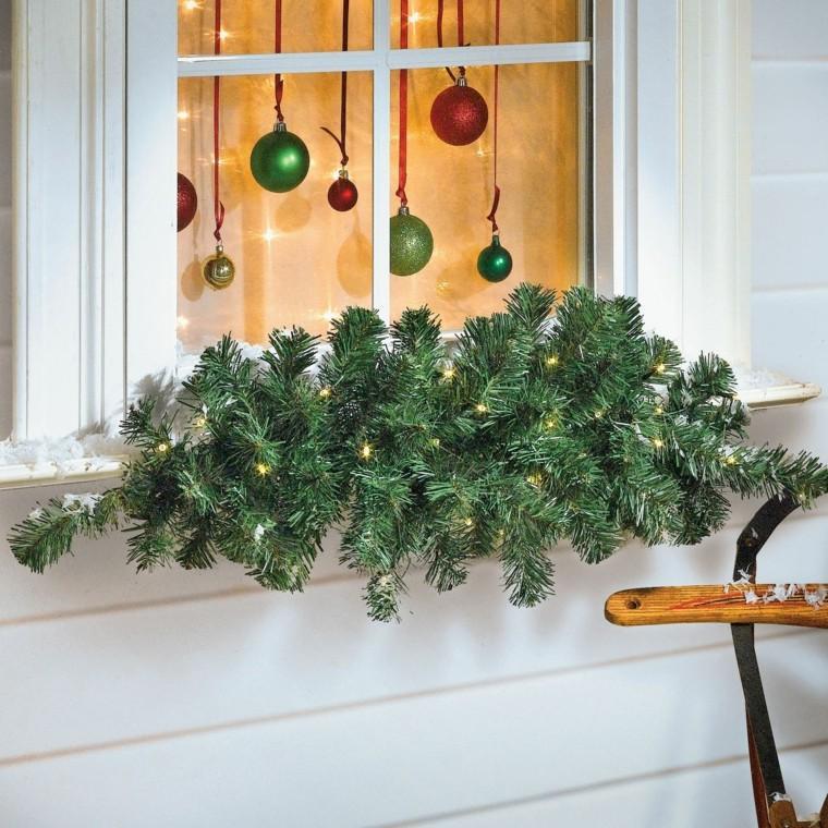 decoracion navidena ventana ramas abeto bolas ideas