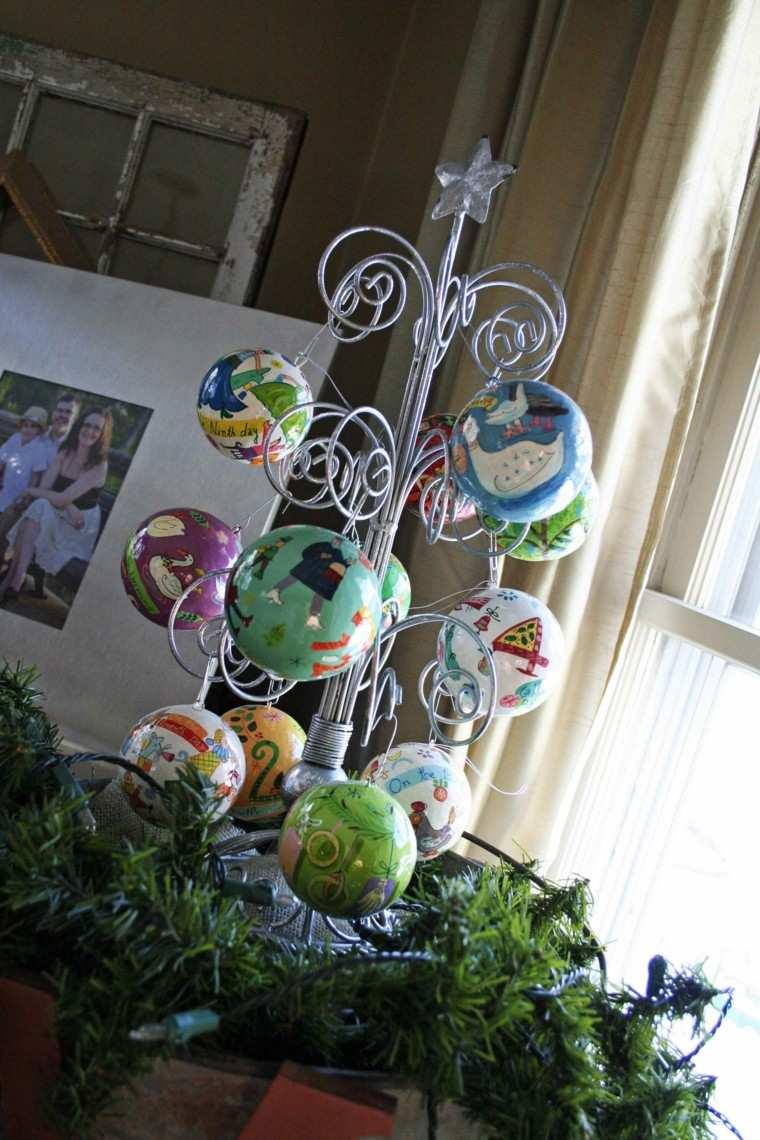 decoracion navideña ventanas arbol metal bolas ideas