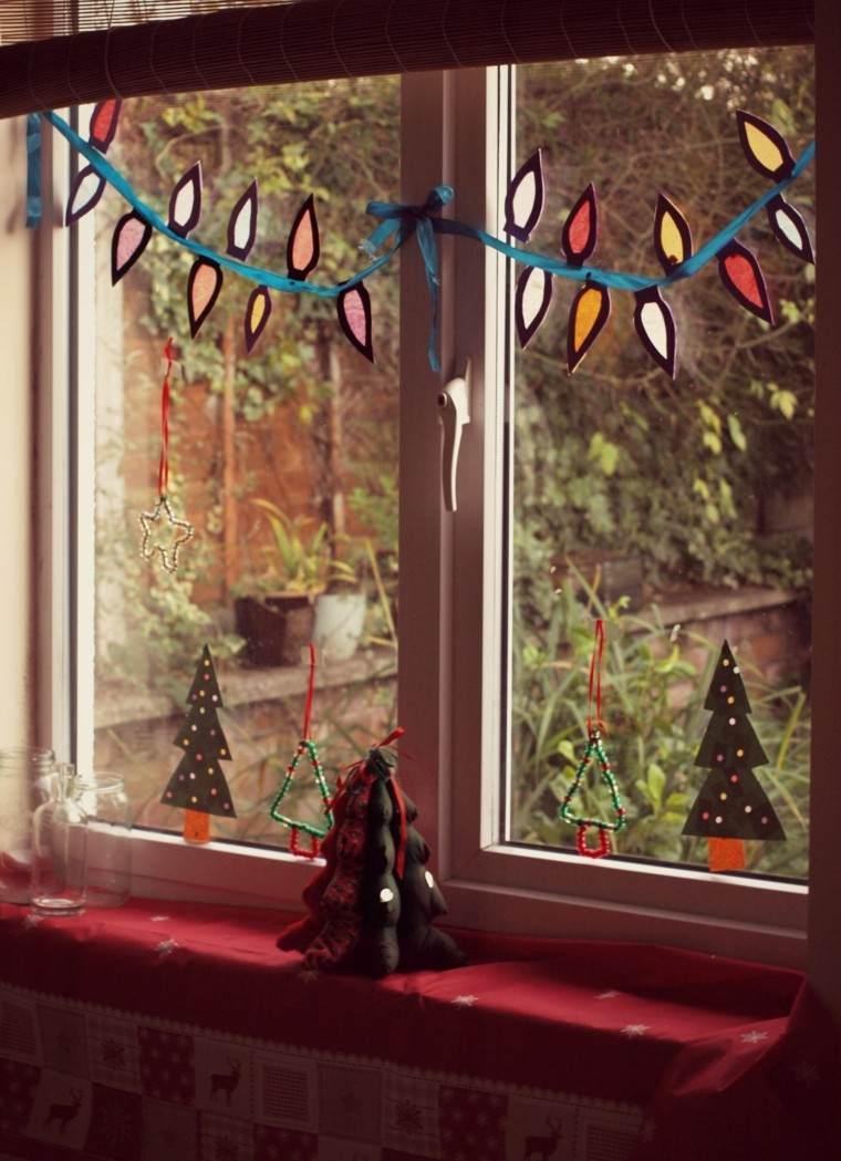 decoracion navidena ventanas guirnalda arboles pequenos ideas