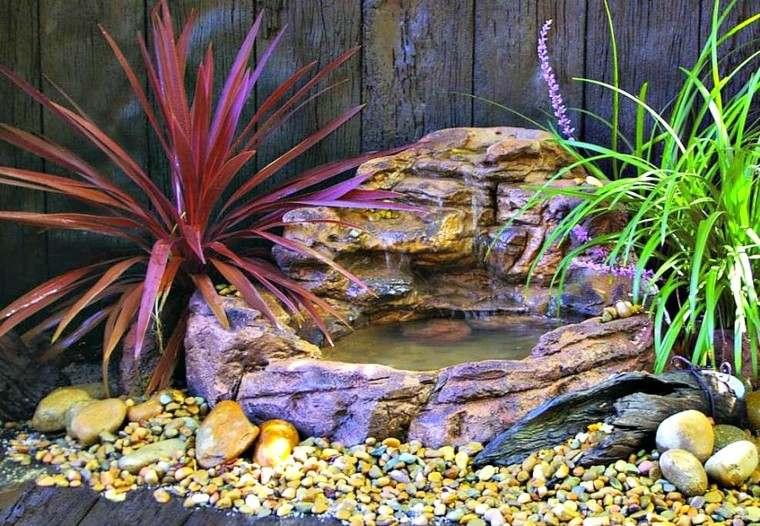 diseño cascada jardín pequeña moderna