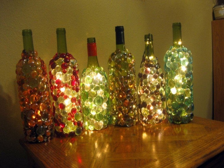 diseño para casa botellas mesa madera