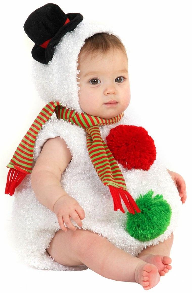 8e7f2d8af View in gallery bebe vestido muneco nieve gorra negra Disfraces infantiles   ideas para disfrazar el niño en navidad ...