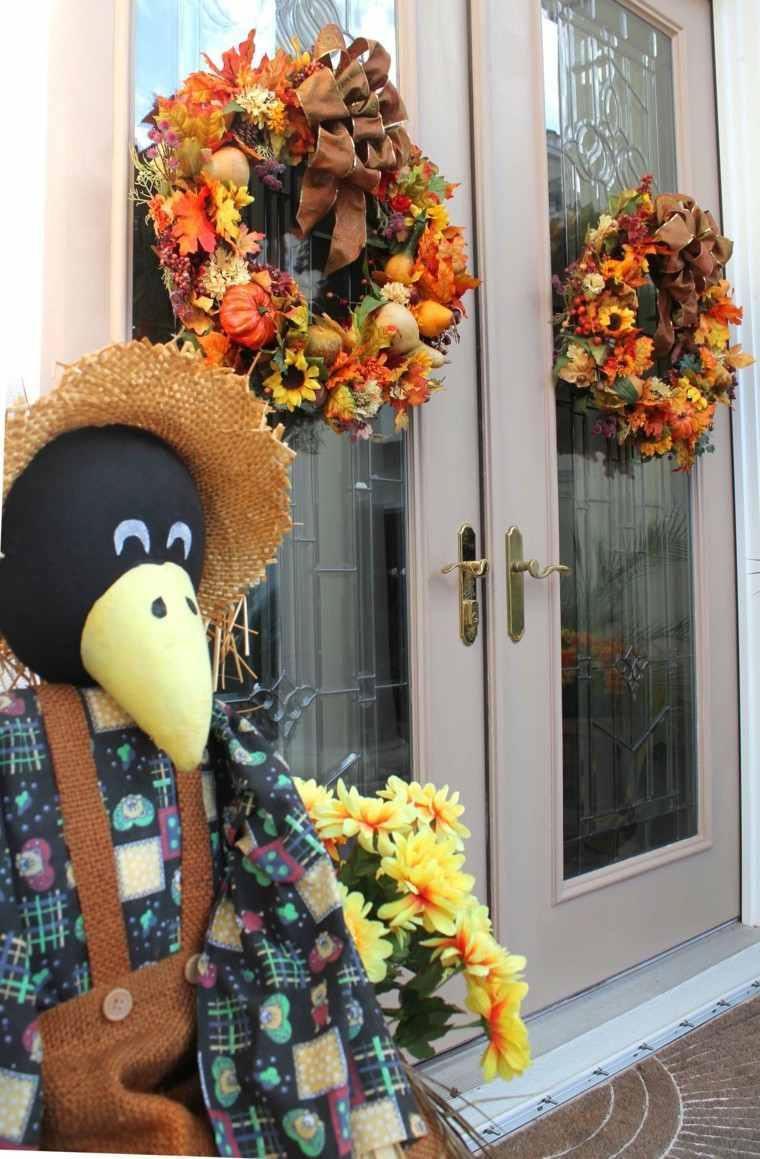entrada cuervo detalle coronas sombrero