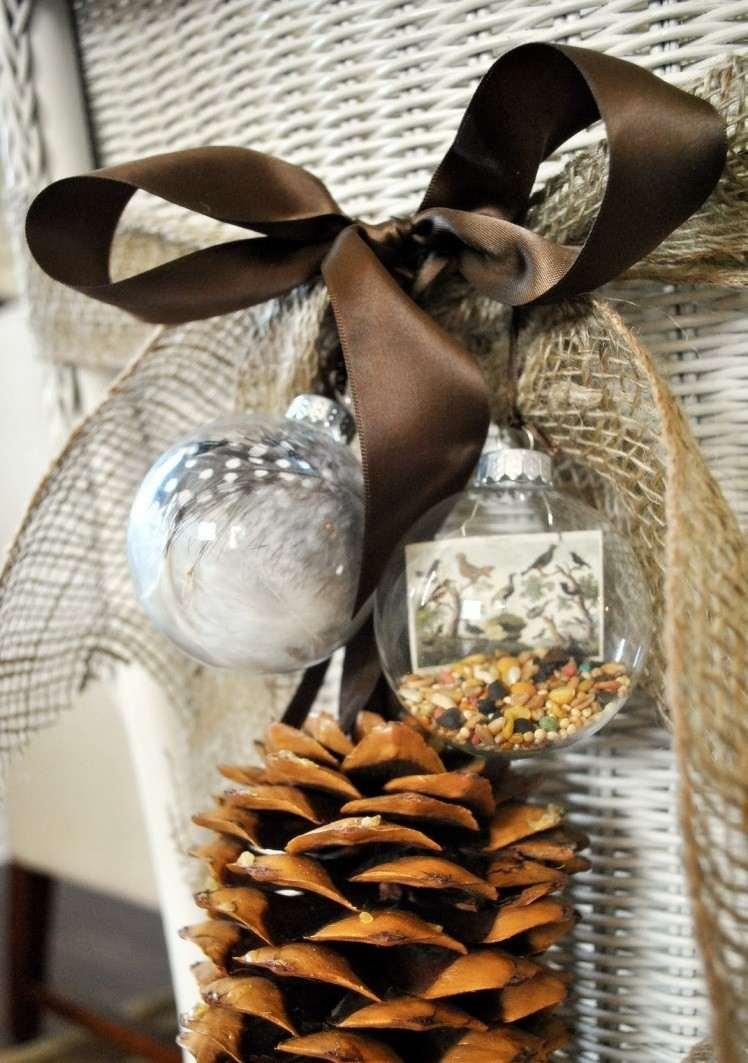 esferas estilo decorado conos pino